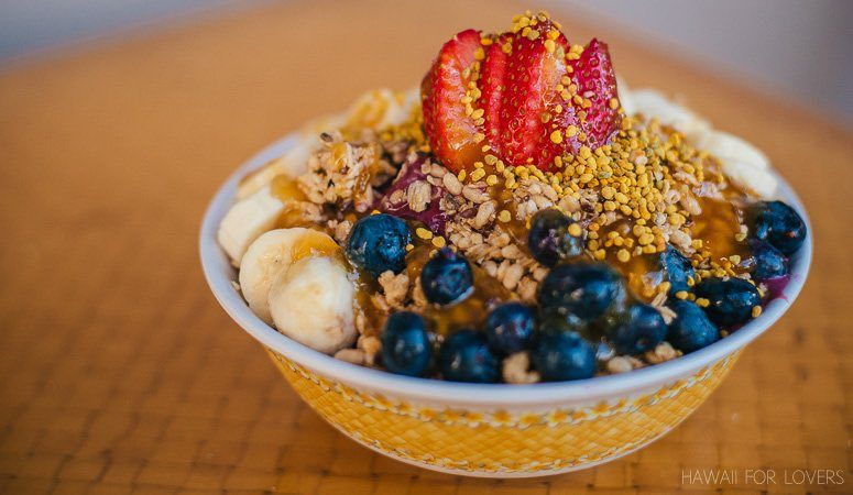 a delicious acai bowl from da cove in honolulu