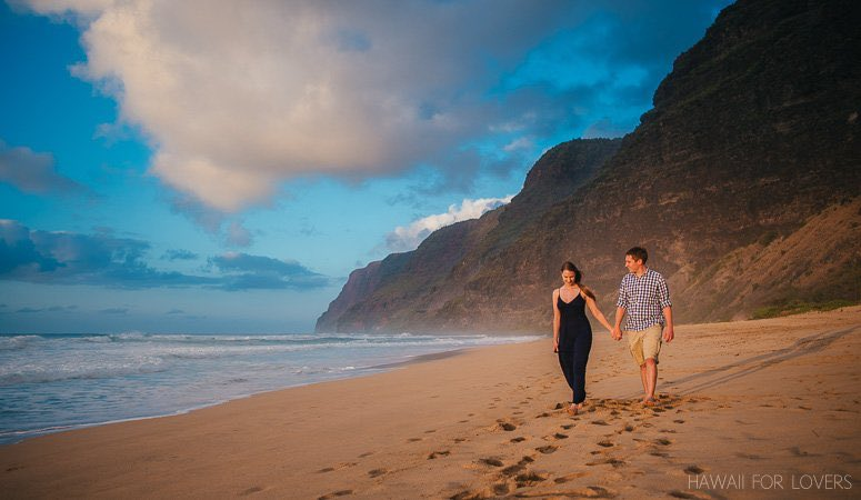 walking along polihale beach together